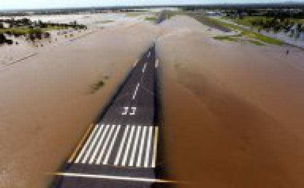 Australie: les inondations ont fait un deuxième mort, le pire est à venir
