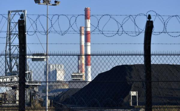 La France pourra fermer ses centrales au charbon d'ici 2022, si le nucléaire attend