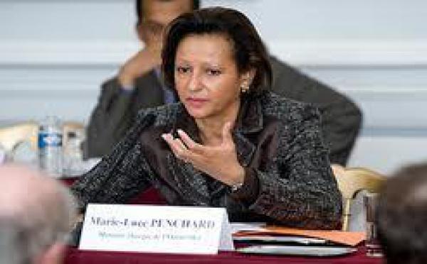 Crise en Calédonie: projet de loi avant l'été, confirme Penchard