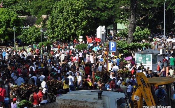Environ 5 000 personnes ont répondu à l'appel des syndicats