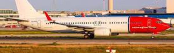 Un Boeing coincé en Iran donne la migraine à Norwegian