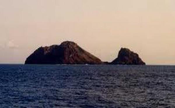 Nouvelles vagues autour des polémiques îles Matthew et Hunter