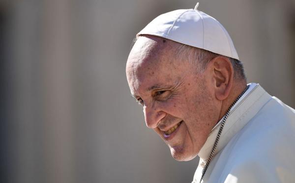 """Le pape veut """"du concret"""" lors d'un sommet sur les abus sexuels du clergé"""