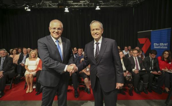 Législatives australiennes: l'écart se resserre dans les intentions de vote