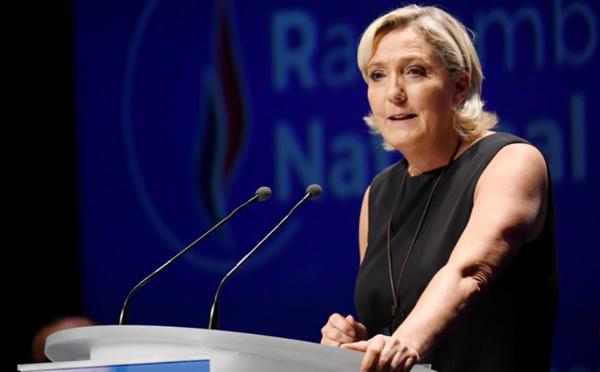 Assistants parlementaires: Marine Le Pen doit rembourser 300.000 euros au Parlement européen