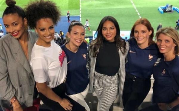 Vaimalama au match d'ouverture de la Coupe du monde féminine de football