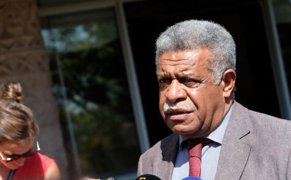 Nouvelle-Calédonie: un gouvernement mais pas de président