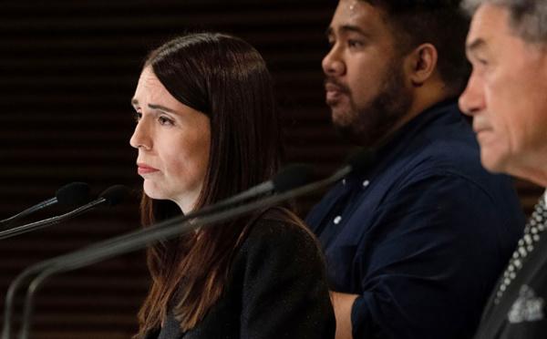 """Nouvelle-Zélande: Jacinda Ardern en désaccord """"complet"""" avec les propos de Trump"""