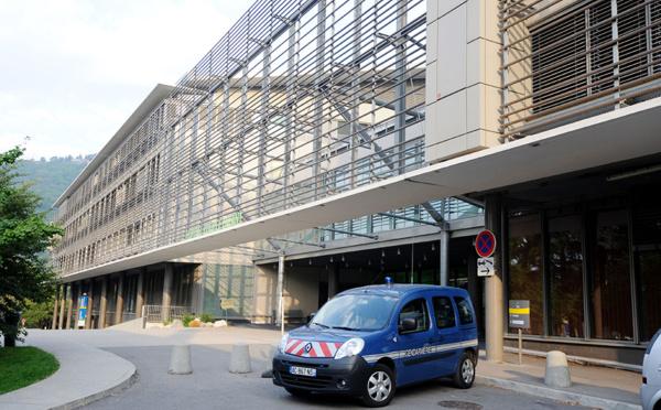 Mort d'un jeune conducteur de scooter à Grenoble: la police hors de cause, selon l'IGPN