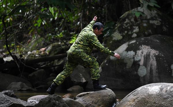 Franco-Irlandaise disparue en Malaisie : la voix de sa mère diffusée dans la jungle