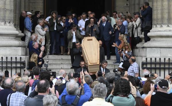 Obsèques de Jean-Pierre Mocky à Paris: humour et larmes