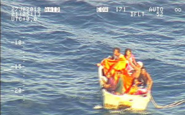 Ferry surchargé, équipage alcoolisé: rapport accablant sur un naufrage aux Kiribati