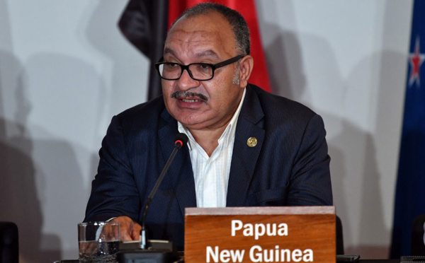 L'ex-Premier ministre papouasien Peter O'Neill visé par un mandat d'arrêt