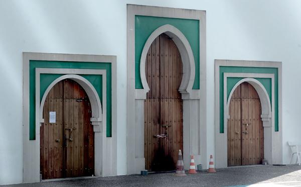 """Mosquée de Bayonne: le suspect a une """"altération partielle"""" du discernement, mais sera présenté à un juge"""