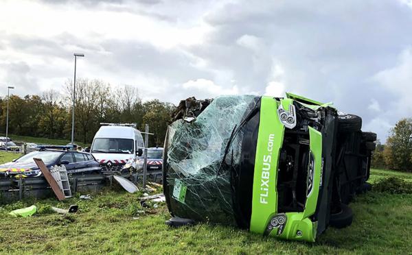 Somme: 33 blessés, dont 4 graves, dans un accident d'autocar sur l'A1