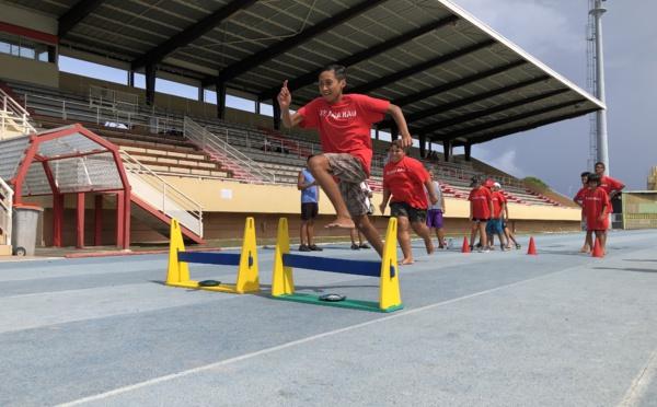 Un kid's athletics bon pour le corps et l'esprit