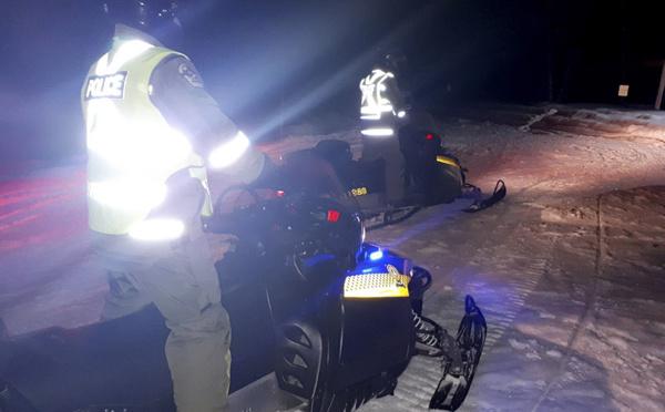 Peu d'espoir de retrouver vivants les Français disparus en motoneige au Québec