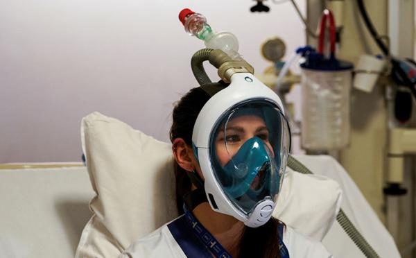 """Coronavirus: Decathlon retire ses masques """"Easybreath"""" de la vente pour les offrir aux soignants"""