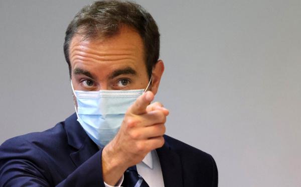 """En Nouvelle-Calédonie, Sébastien Lecornu met en garde contre """"tout chantage à la violence"""""""