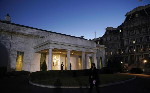 Les Etats-Unis tournent la page Trump, Biden s'installe à la Maison Blanche