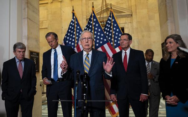 Les ambitions de Joe Biden menacées par son propre camp