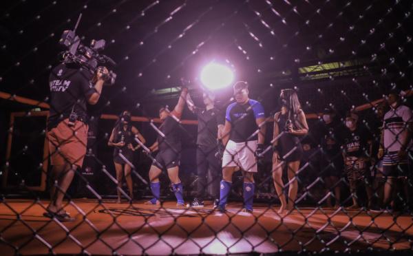 Le MMA fait le show pour sa première au fenua