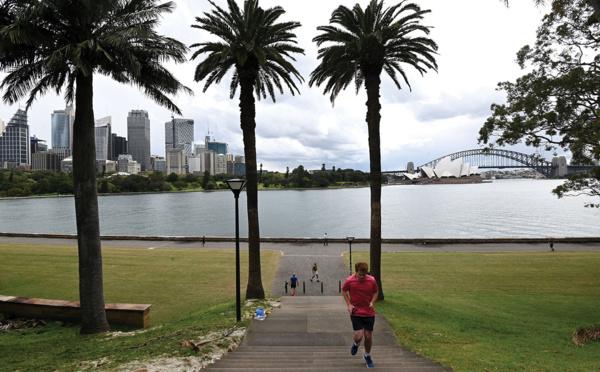 Couvre-feu levé à Sydney où le nombre de cas de Covid-19 demeure stable