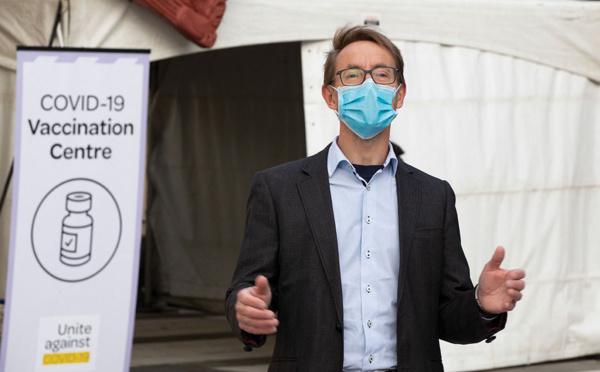 Nouvelle-Zélande: soignants et enseignants non vaccinés ne pourront plus exercer