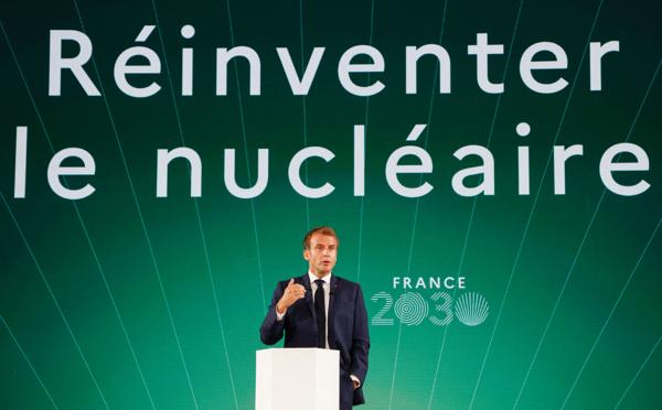 """Nucléaire: Macron mise sur les petits réacteurs dans le plan """"France 2030"""""""