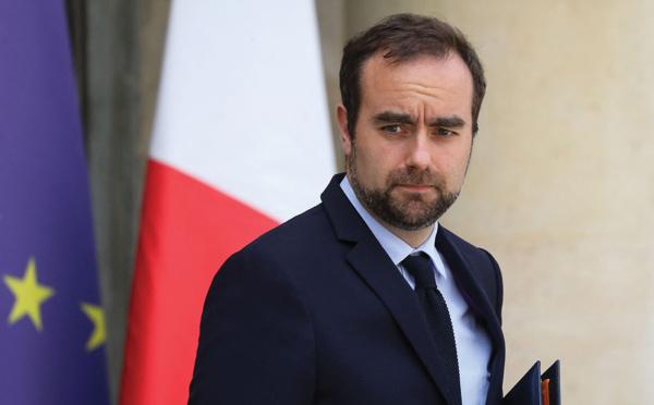 """Covid: Sébastien Lecornu promet """"une aide dans la durée"""" à la Nouvelle-Calédonie"""