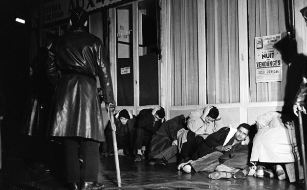 """17 octobre 1961: des policiers et gendarmes """"d'une brutalité atroce"""", raconte un rescapé algérien"""