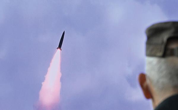 Corée du Nord: tir d'un missile balistique qui aurait été lancé depuis un sous-marin