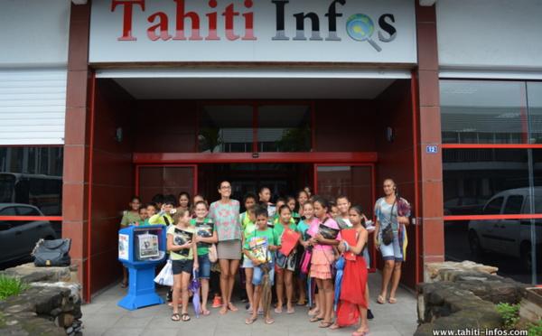 30 élèves de CM1 visitent Tahiti Infos