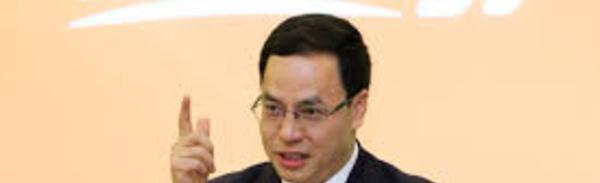 Solaire: un milliardaire chinois quitte la tête de sa firme après une débâcle boursière