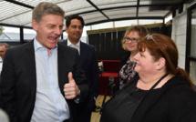 Législatives en Nouvelle-Zélande: les conservateurs sortants remontent dans les sondages