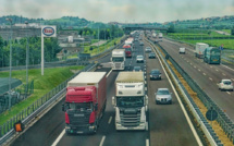 Yvelines: un conducteur fait demi-tour sur l'autoroute et provoque un accident mortel