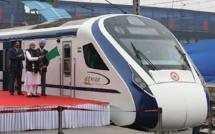 Le train le plus rapide de l'Inde heurte une vache, à peine inauguré