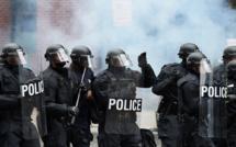 """""""Gilets jaunes"""": des policiers mis en cause dans des violences décorés par l'Intérieur"""