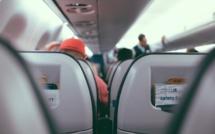 """L'Assemblée vote une hausse de la """"taxe Chirac"""" sur les billets d'avion"""
