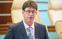 Le président du gouvernement de Nouvelle-Calédonie en quatorzaine