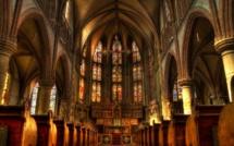 Pour Pâques, des fêtes confinées et inédites, partout dans le monde