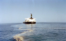 Deux morts dans l'attaque d'un pétrolier au large d'Oman, désormais sous contrôle de l'équipage