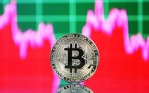 """La police démantèle une """"mine"""" de bitcoin illégale... dans son propre QG"""