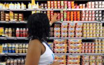 En 2013, le Parlement français a adopté une proposition de loi visant à réduire la quantité de sucre dans les produits laitiers et les sodas, bien plus élevée dans les DOM qu'en métropole.  (Photo d'illustration AFP)