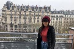 À Paris en attendant les répétitions.