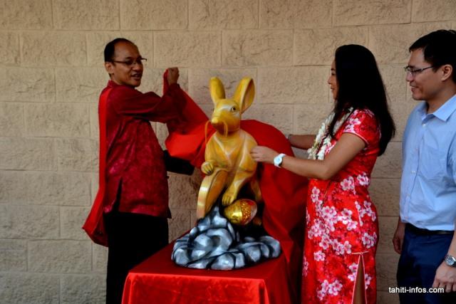 i-La sculpture du Rat de Métal, symbole de cette nouvelle année, sera exposée au Si Ni Tong pendan les deux semaines de fête
