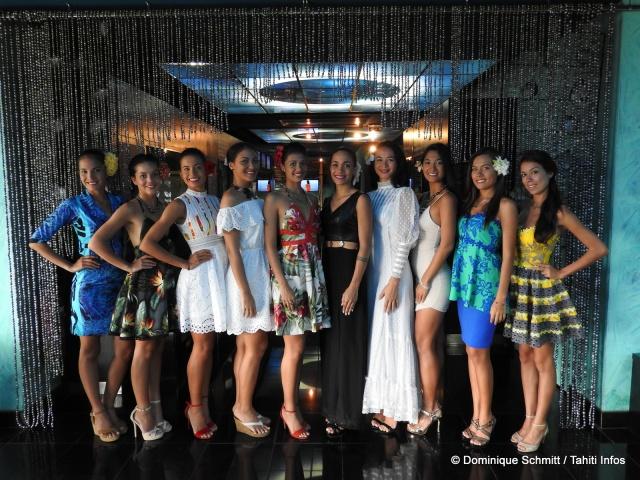 Groupe Miss Tahiti rideau perles-001